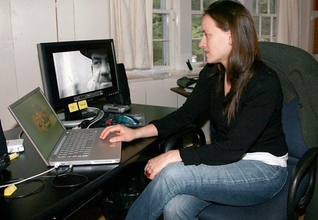 Natalie-Almada-2008-in-Phi-Beta28sized29